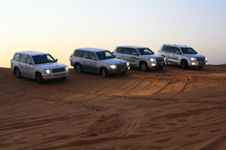 group-of-land-cruiser-car-